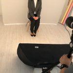 就活証明写真を撮る時の服装はグレーのスーツでも大丈夫?